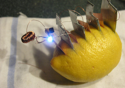 Baterie z ziemniaka (cytrusów)
